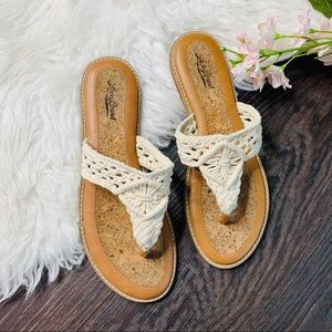 Lucky Brand Crotchet Lace Cream Flip Flops